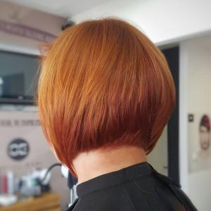 צבע שיר נועז לשיער קצר אורטל אדרי עיצוב שיער
