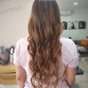 צבעי שיער טבעיים מספרת אורטל אדיר